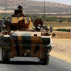 Turkish & US troops coordinate 'independent' patrols near Kurdish-held town in Syria