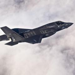 لجنة بمجلس الشيوخ الأمريكي تقر مشروع قانون يمنع تسليم تركيا مقاتلات إف-35