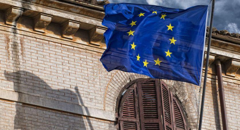 الاتحاد الأوروبي يرفع العقوبات عن شركات عراقية