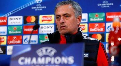 مورينيو يأمل في لحاق لاعبي كأس العالم بافتتاح الدوري الإنجليزي