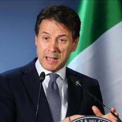 رئيس الوزراء: حكومة إيطاليا توافق على تقليص العجز والدين المستهدف