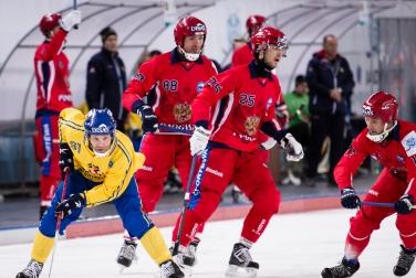 Россия уступила в финале ЧМ по хоккею с мячом
