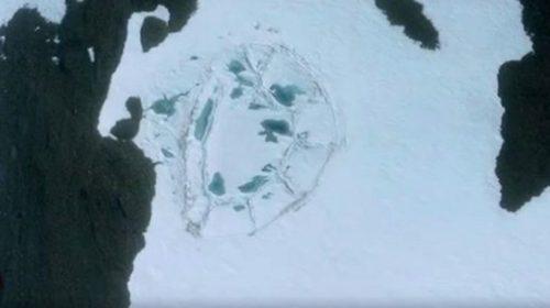 В Антарктиде обнаружены руины загадочного сооружения гигантских размеров (ВИДЕО)