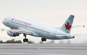 Власти Канады будут реагировать на все случаи насильного снятия пассажиров с рейсов