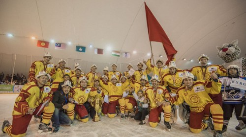 Легендарный вратарь из Канады пророчит хорошее будущее кыргызстанскому хоккею