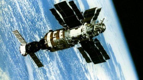 Спасти «Салют-7». Подлинная история подвига советских космонавтов.