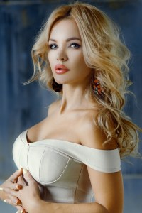 delightful Russian lady from city Moscow Russia