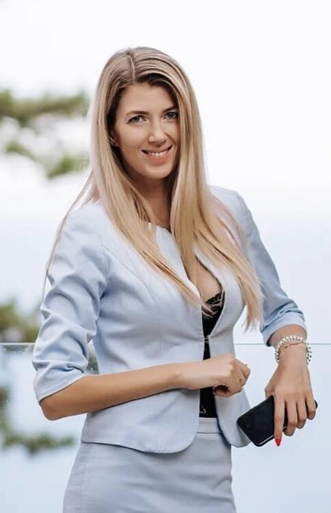 Julia the russian bride español