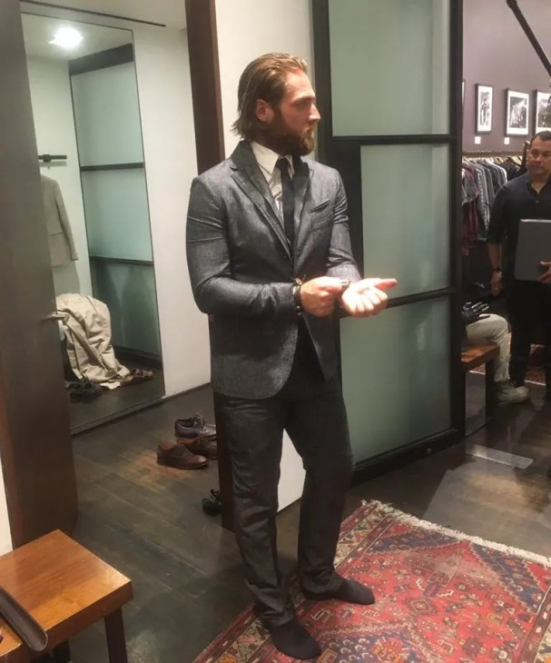 braden-holtby-suit
