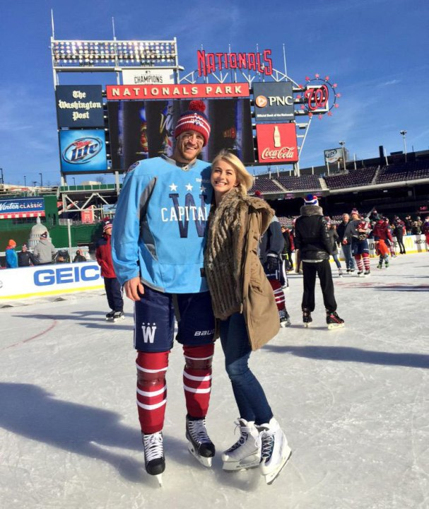 brooks-laich-julianne-hough-winter-classic
