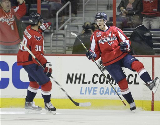 Andre Burakovsky, Marcus Johansson, Philadelphia Flyers' Jason Akeson