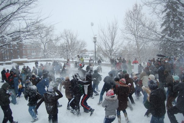 meridian_hill_snowball_fight