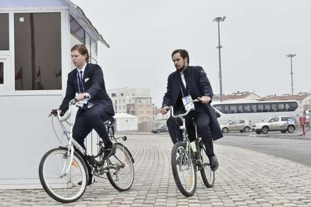 nicky-backstrom-marcus-johansson-ride-bikes