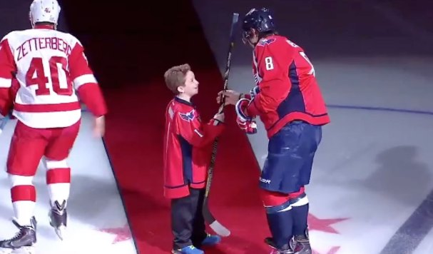ovechkin-gives-away-stick-yay