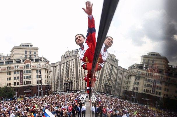 ovi-russia-parade10