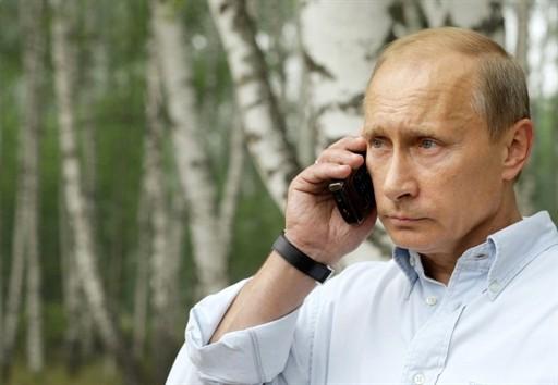 putin-phone