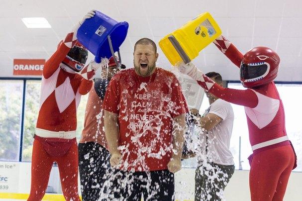 rmnb-ice-bucket-challenge1