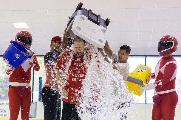 rmnb-ice-bucket-challenge4