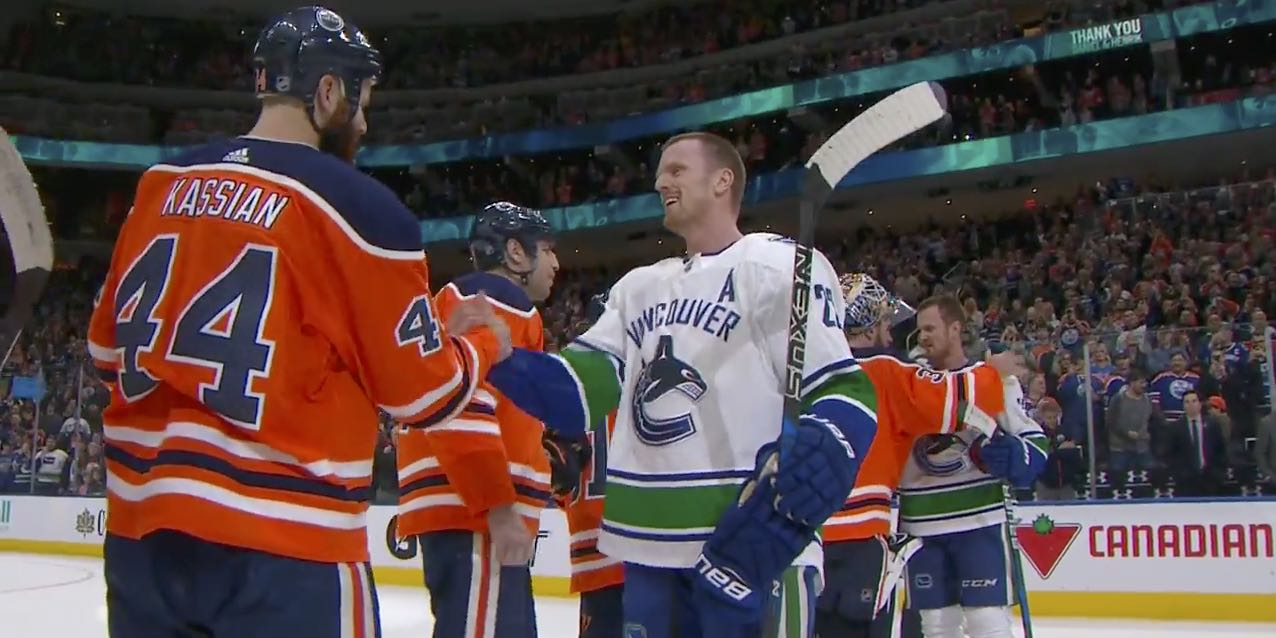03de4e303 Edmonton Oilers give Sedin brothers heartfelt goodbye after final NHL game
