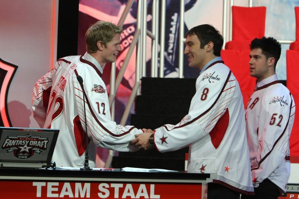 Eric Staal shakes Ovechkin's hand