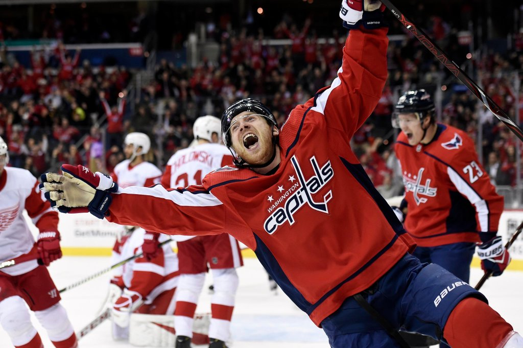 1f3df63a28f Ovi gives RMNB a hat trick for our birthday as Caps beat Red Wings 6-2