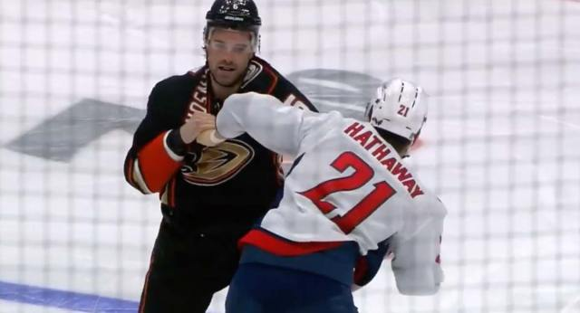 Ryan Getzlaf calls Garnet Hathaway 'cowardly' for taking so long to fight Erik Gudbranson