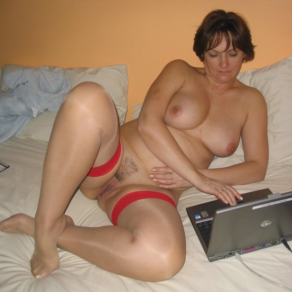 Hot russian gf sucks her boyfriend big cock perfectly 9