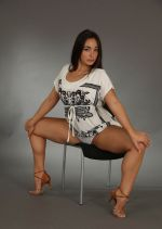 Long-haired Brunette Widely Spreads Her Legs In Studio 1