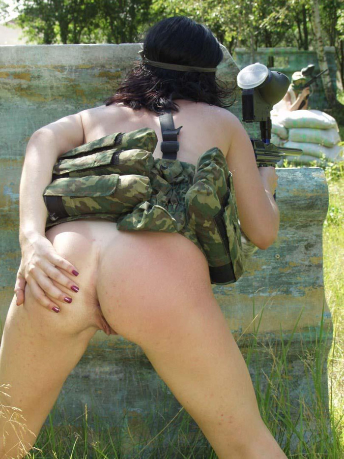 Naked brunette plays paintball  Russian Sexy Girls