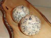 Homemade Christmas Ornaments In A Rustic Or Shabby Chic ...