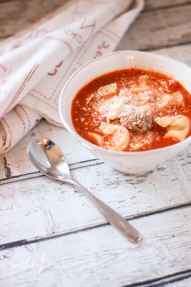 Italian-Sausage-Tortellini-Soup