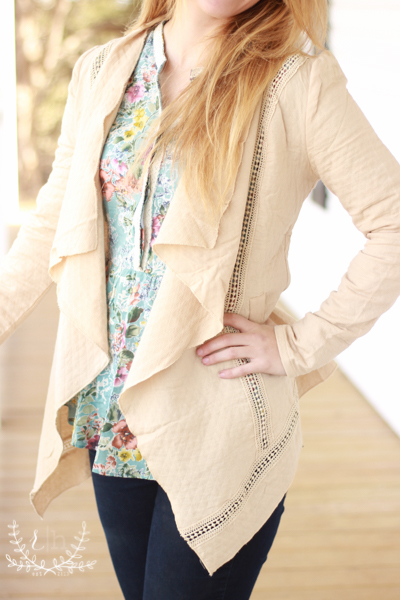 Lightweight-Tan-Flyaway-Jacket (4 of 7)