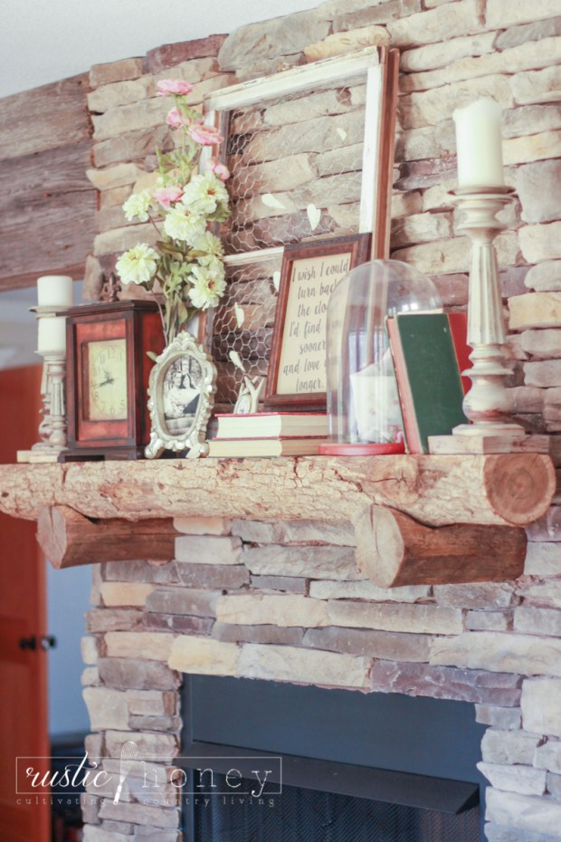 Valentines-Day-Fireplace-Mantle-Decor (17 of 17)
