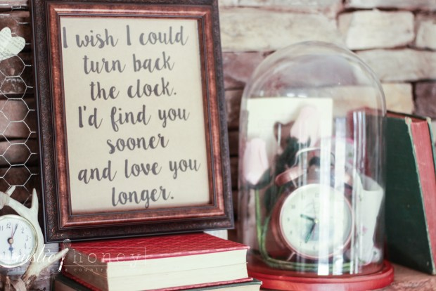 Valentines-Day-Fireplace-Mantle-Decor (7 of 17)