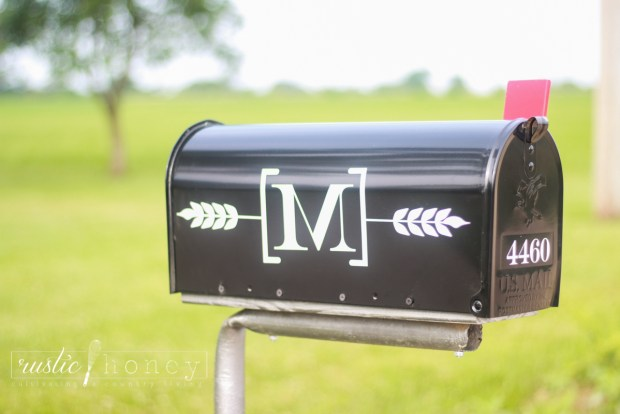 Custom-Mailbox-Free-Silhouette-File (5 of 11)