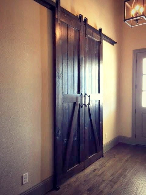 Dallas-Custom-Furniture-Store-Barn-Doors-in-Commercial-Design