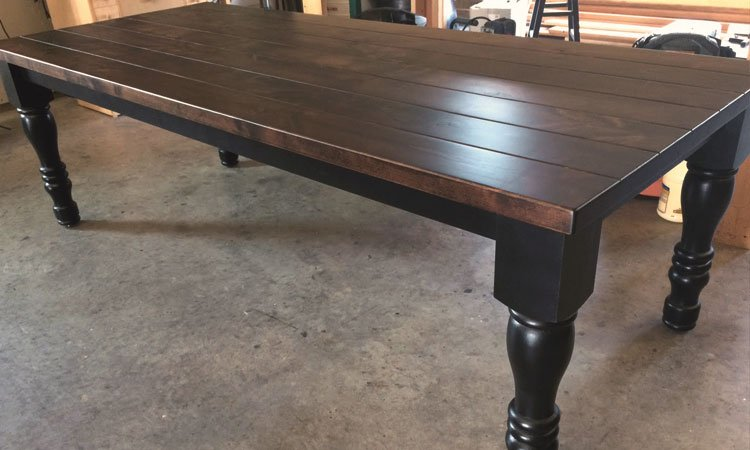 Cottage Turned Leg Farmhouse Table