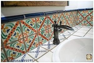 spanish style bathroom backsplash tiles