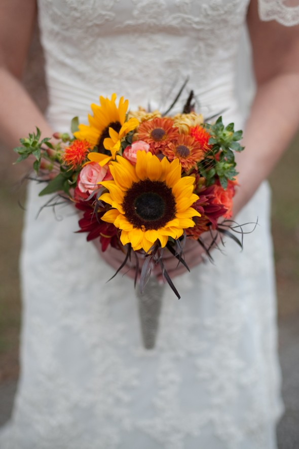Simple Fall Bridal Bouquets