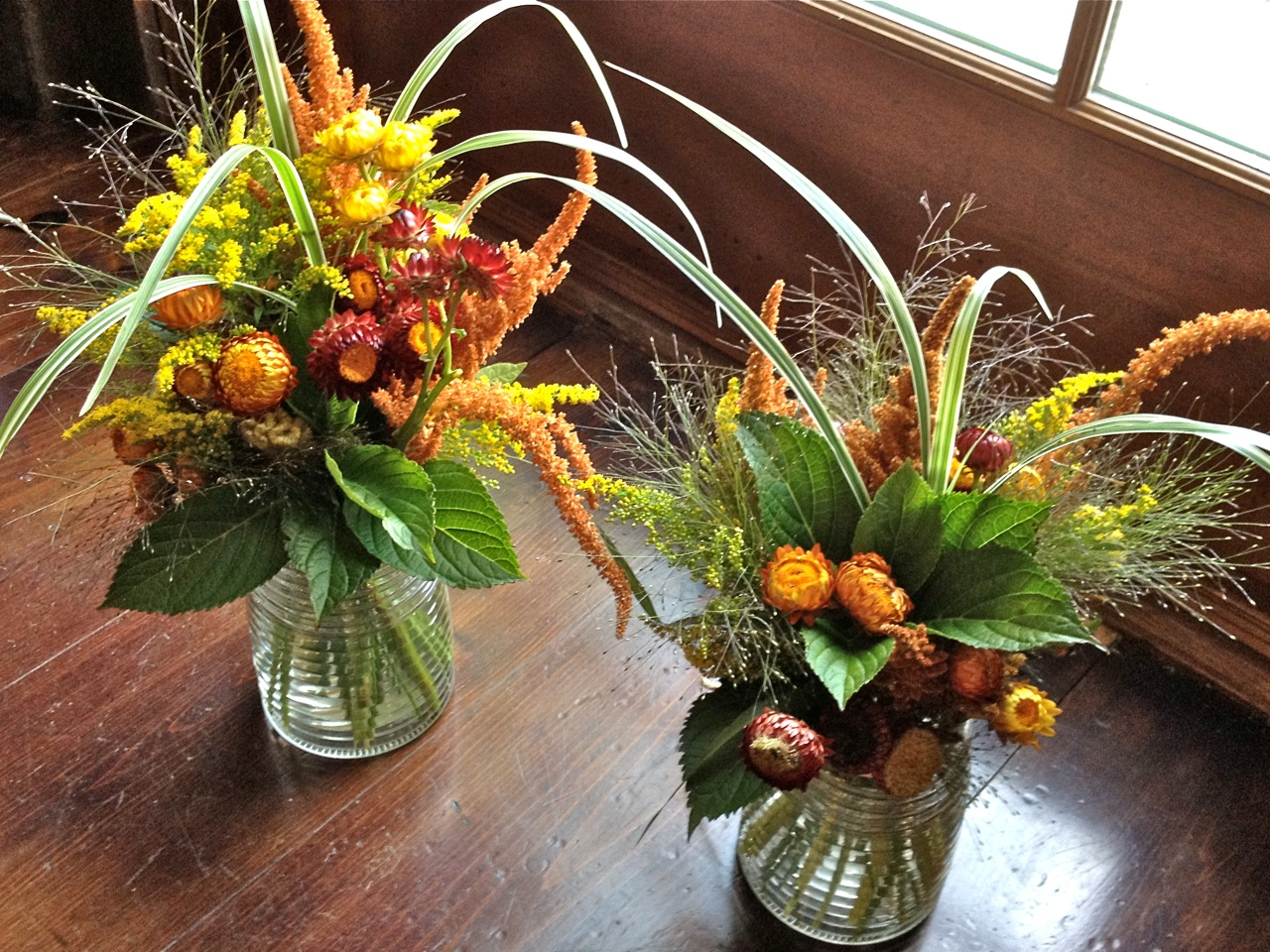 Centerpieces For A Rustic Wedding