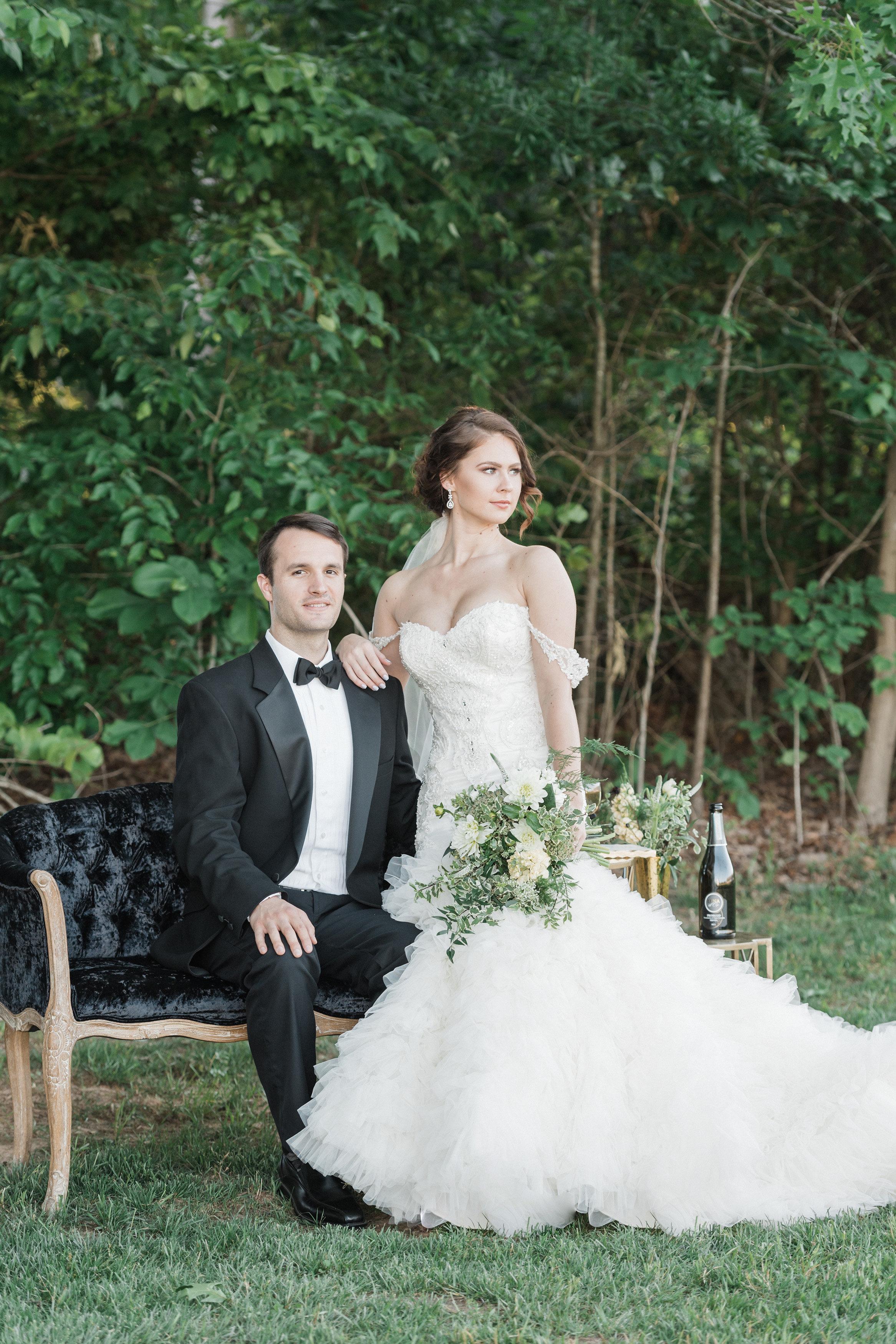 Elegant Amp Glam Country Wedding Inspiration Rustic Wedding Chic