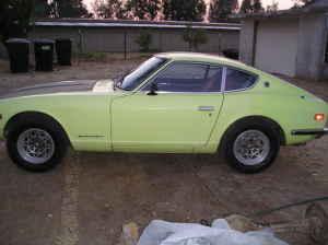 1972 Datsun 240Z side