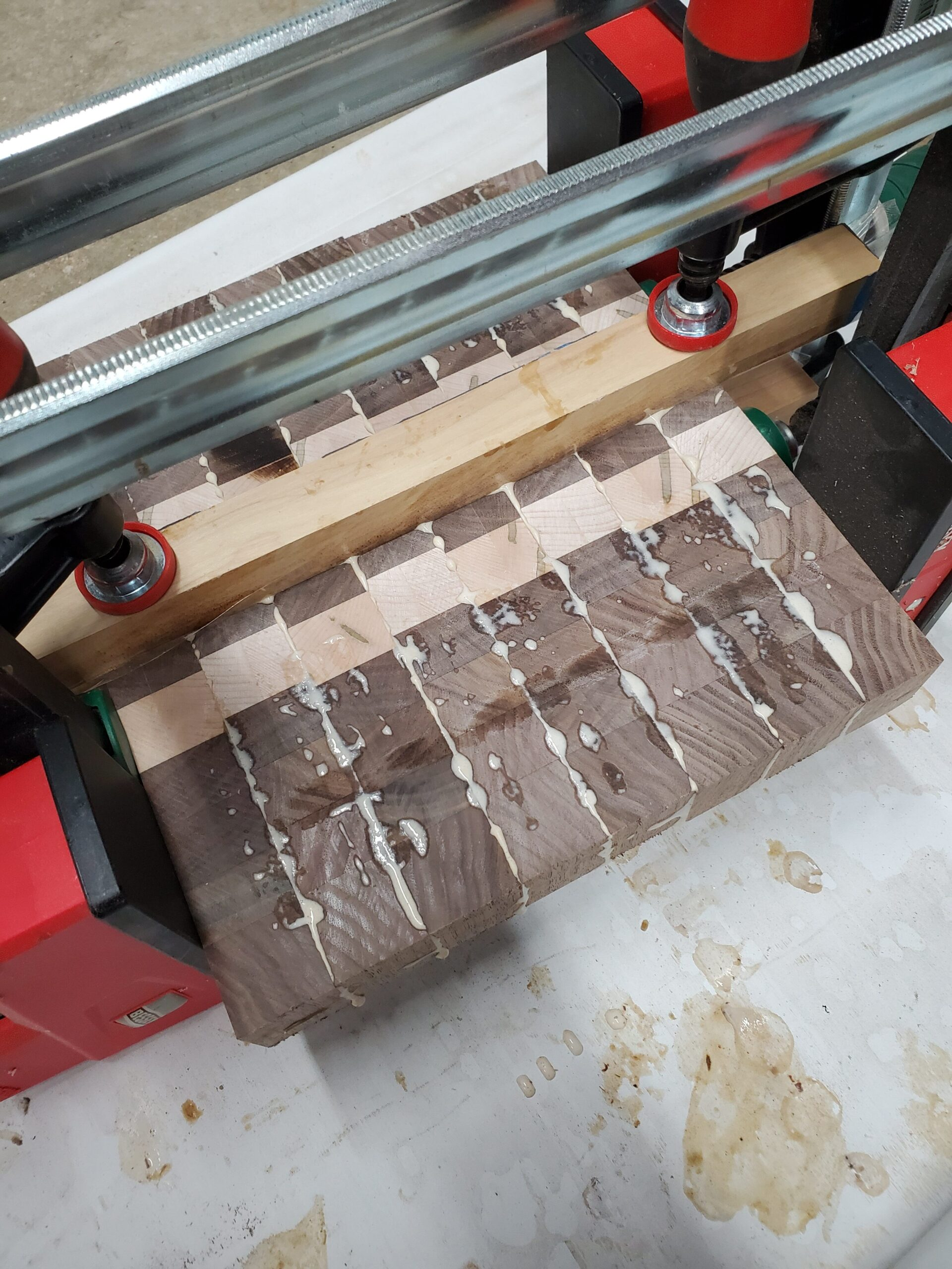 Endgrain cutting board gluing