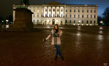 Royal Palace behind me