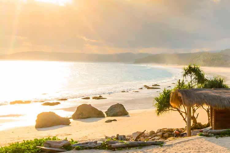 Playa Peucang es un lugar espectacular