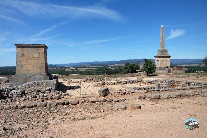 Monumentoa los héroes de Numancia