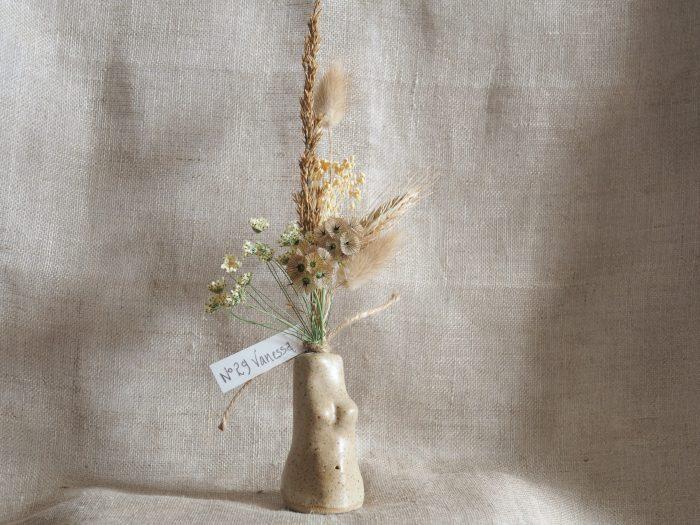 Venus vase 29 Neutral flowers