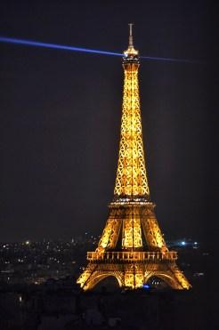 Let's fall in love in Paris