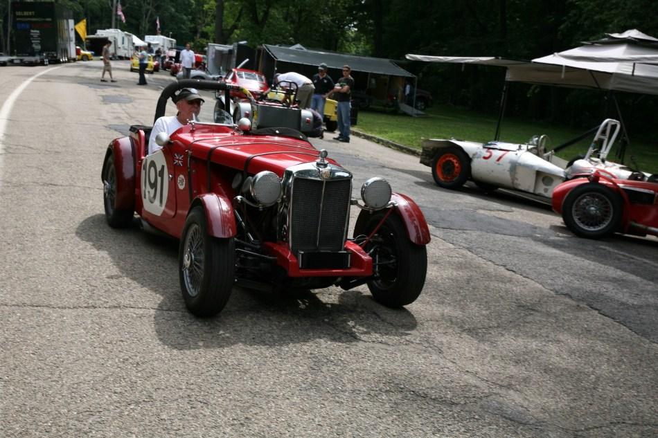 VINTAGE RACE CAR 2