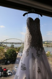 bride gown and bridge 720